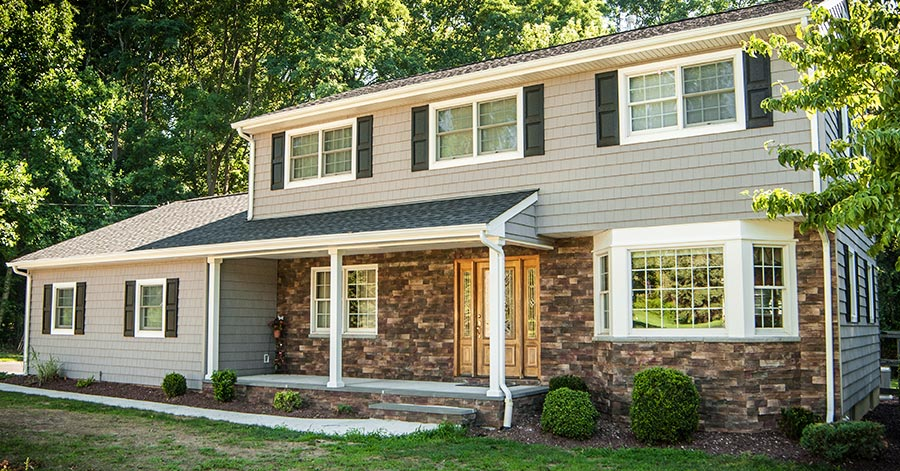 7 Popular Siding Materials To Consider: 5 Tips To Improve The Value Of Your Home With Vinyl Siding